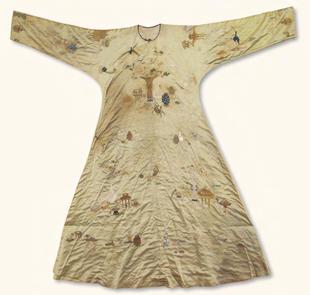 Antique-motif embroidered silk informal robe
